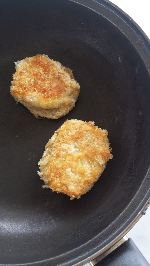 SMOKED KAHAWAI FISHCAKES • Lauraine Jacobs